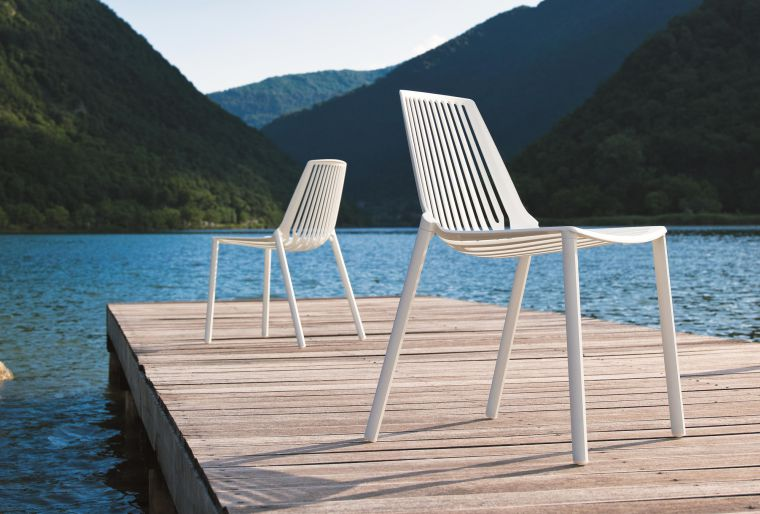 modern patio furniture Rion collection